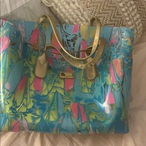 Lilly PVC tote with neoprene insert